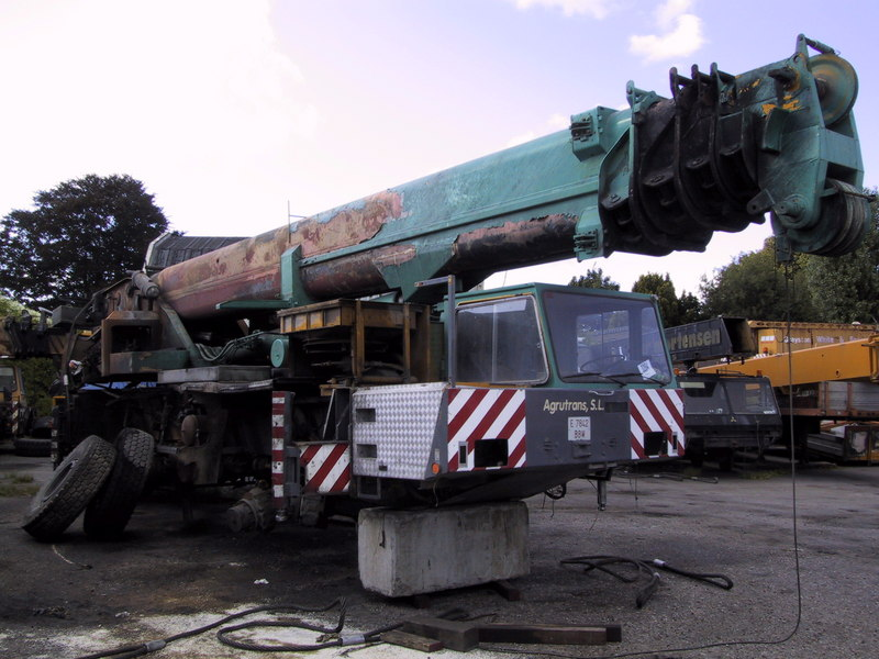 Demag AC 265 for parts - Crane sales - UCM Holland, we buy and sell ...