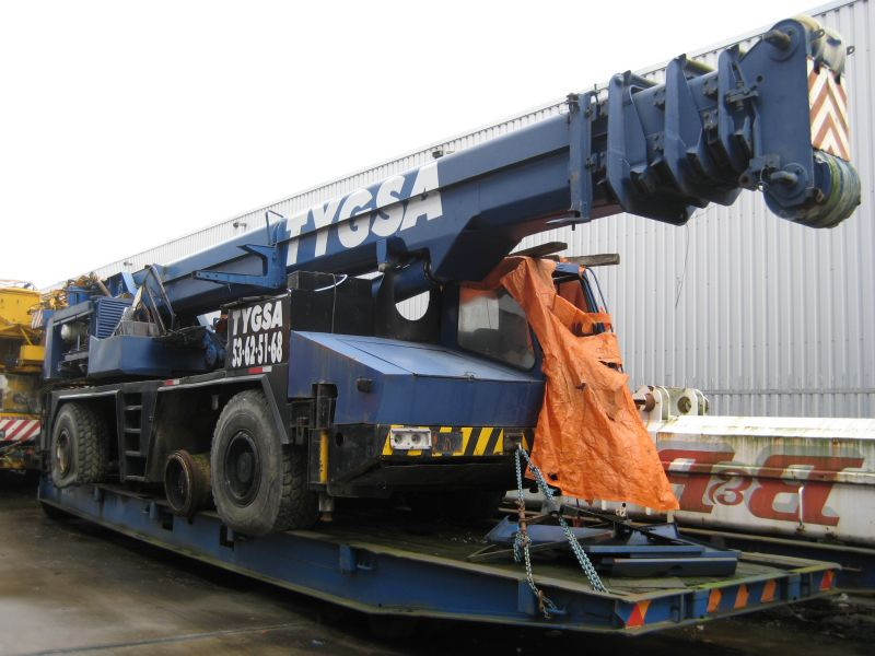 Krupp 70 GMT for parts - Crane sales - UCM Holland, we buy and sell ...