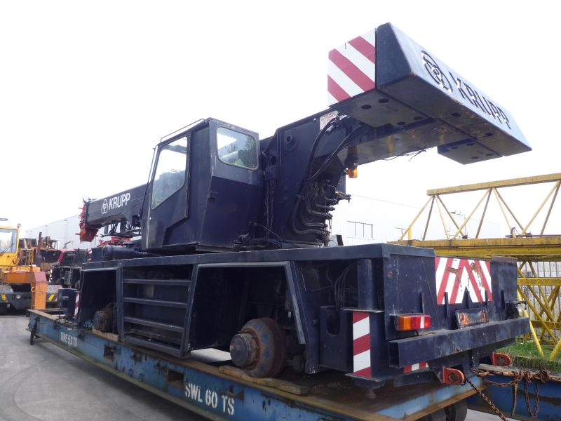 Krupp KMK 2035 for parts - Crane sales - UCM Holland, we buy and ...