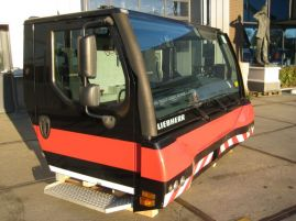 Liebherr LTM 1750-9.1 lower cab