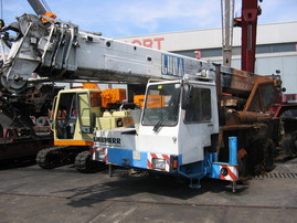 Liebherr LTM 1035-3 for parts