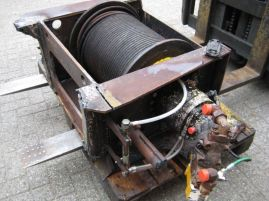 Grove GMK 2035 main winch