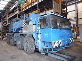 Liebherr LTM 1070. for parts