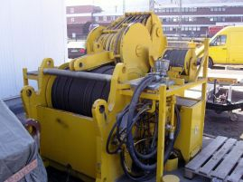 Demag AC 500 winch