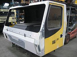 Grove GMK 3055 lower cab