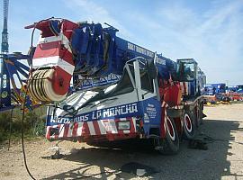 Liebherr LTM 1090 for parts
