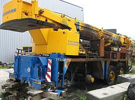 Liebherr LTM 1090/2 for parts