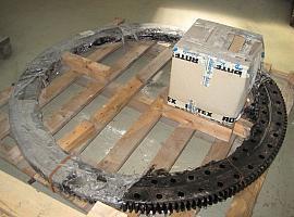 Grove GMK 3050 turntable