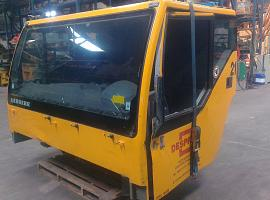 Liebherr LTM 1060-2 lower cab