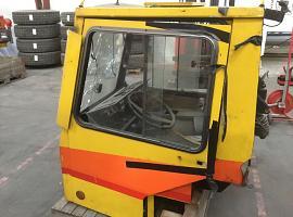 Liebherr LTM 1035 lower cab