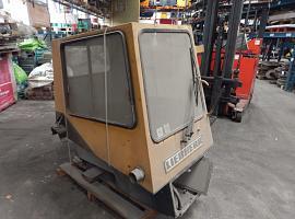 Liebherr LTM 1030 lower cab