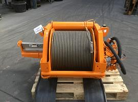 Liebherr LTM 1070-4.2 winch