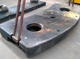 Counterweight LTM 1080-1  4.3 ton