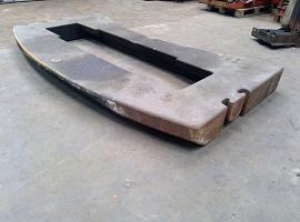 Counterweight LTM 1090-2  2.8 ton