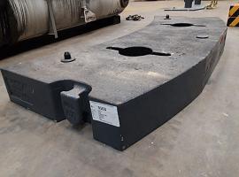 challanger 4200 counterweight 3.8 ton