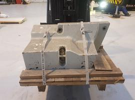Terex Challenger 3180. 1400KG Counterweights