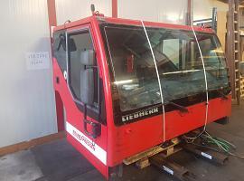 Liebherr LTM 1060-2 cab
