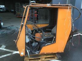 Upper cab 70 GMT