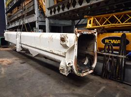 Demag AC 265 base section