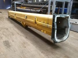 Grove GMK 3055 base section