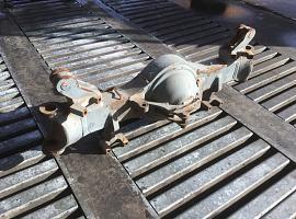 LTM 1050-1 axle 3