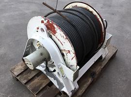 LTM 1060-2 winch