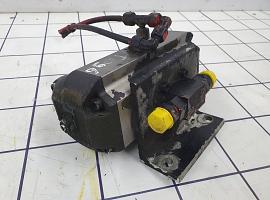 Axle lock left