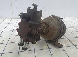 Axle lock and accumulator