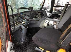 AC 100 lower cab