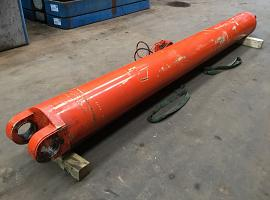 Boom cylinder AC 100