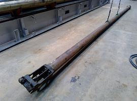LTM 1060 telescopic cylinder