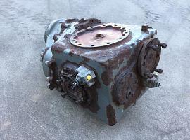GMK 5100 Diff box axle 4